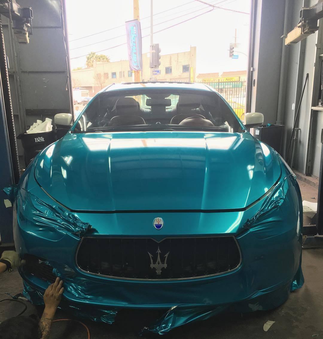 This Maserati (work in progress) looking Sick, and ready for summer vibes… 3MGlossAtomicTeal. #doyou #carwrap #vehiclewrap #carporn #socal #customwrap #maserati #losangeles #paintisdead